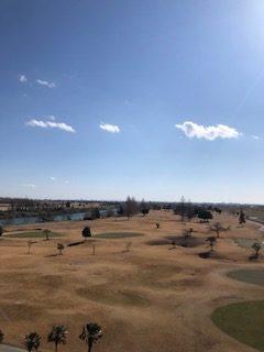 冬は河川敷ゴルフ場で楽しみながら距離感を養う。