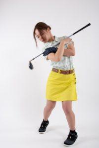 女性ゴルフレッスン
